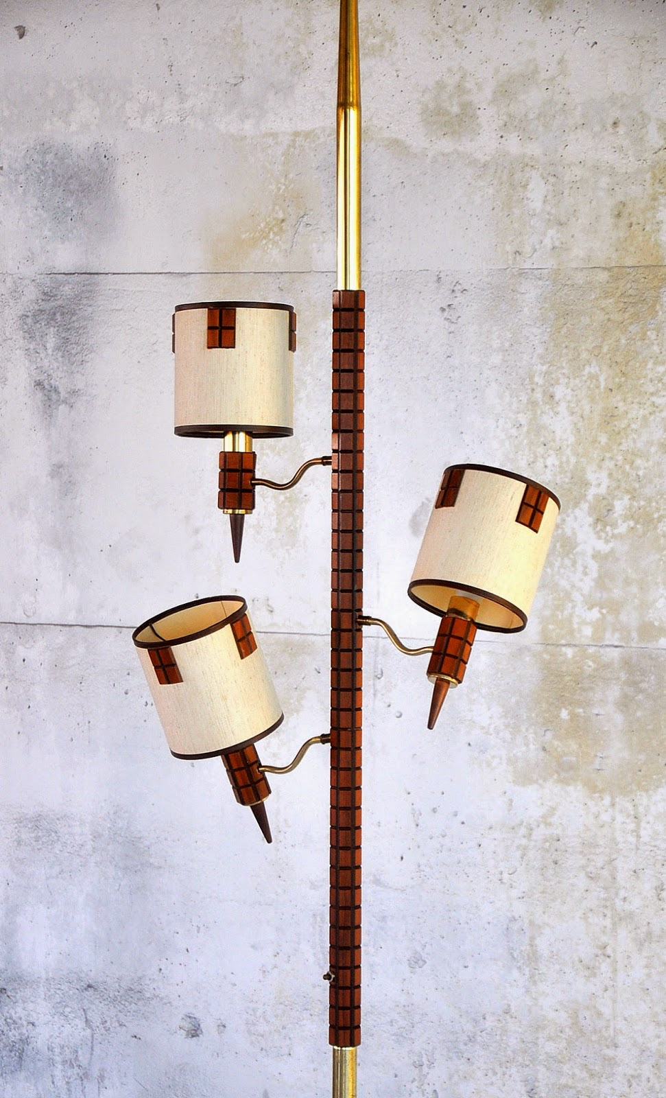Select Modern Mid Century Tension Pole Lamp