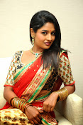 Isha Ranganath photos at Tasyaah Awareness Fashion Walk-thumbnail-20