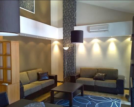rumah impian sederhana wallpaper dinding ruang tamu minimalis