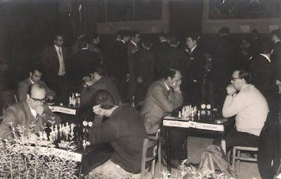 Foto del VIII Campeonato de Ajedrez de Educación y Descanso 1956