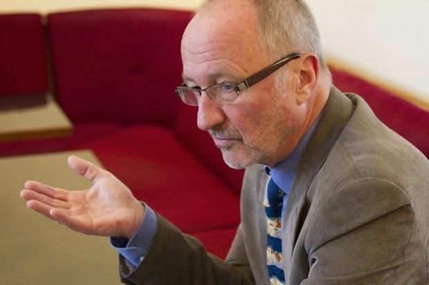 «Υποστηρίζω τον Τσίπρα και τον Ρέντζι» λέει ο πρώην διευθυντής της Παγκόσμιας Τράπεζας