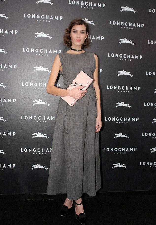 Nonetheles, Alexa Chung was one of the invited guests, and I guess she's really have a proportion to know everything about the growth.  Working as Television presenter and contributing editor in British Vogue, the 31-year-old walked to the launch of Longchamp's Lights on Boutique store at French on Thursday, December 4, 2014.