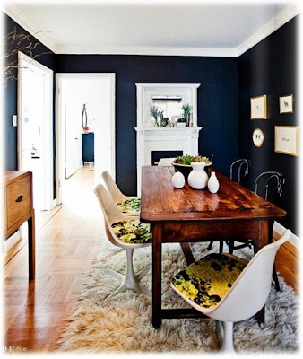 Modern eclectic dining,Tiger oak dining table, fun dining, Craigslist shopping, how to shop craigslist, Windsor Chair set, home decor, stylish furniture on a budget, DIY home