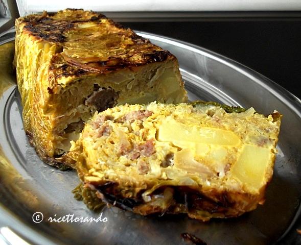 Terrina di verza ricetta di tortino di verdura e cotechino