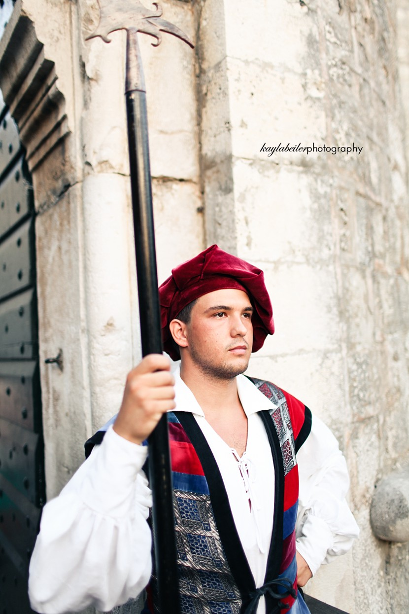 dubrovnik guard photo
