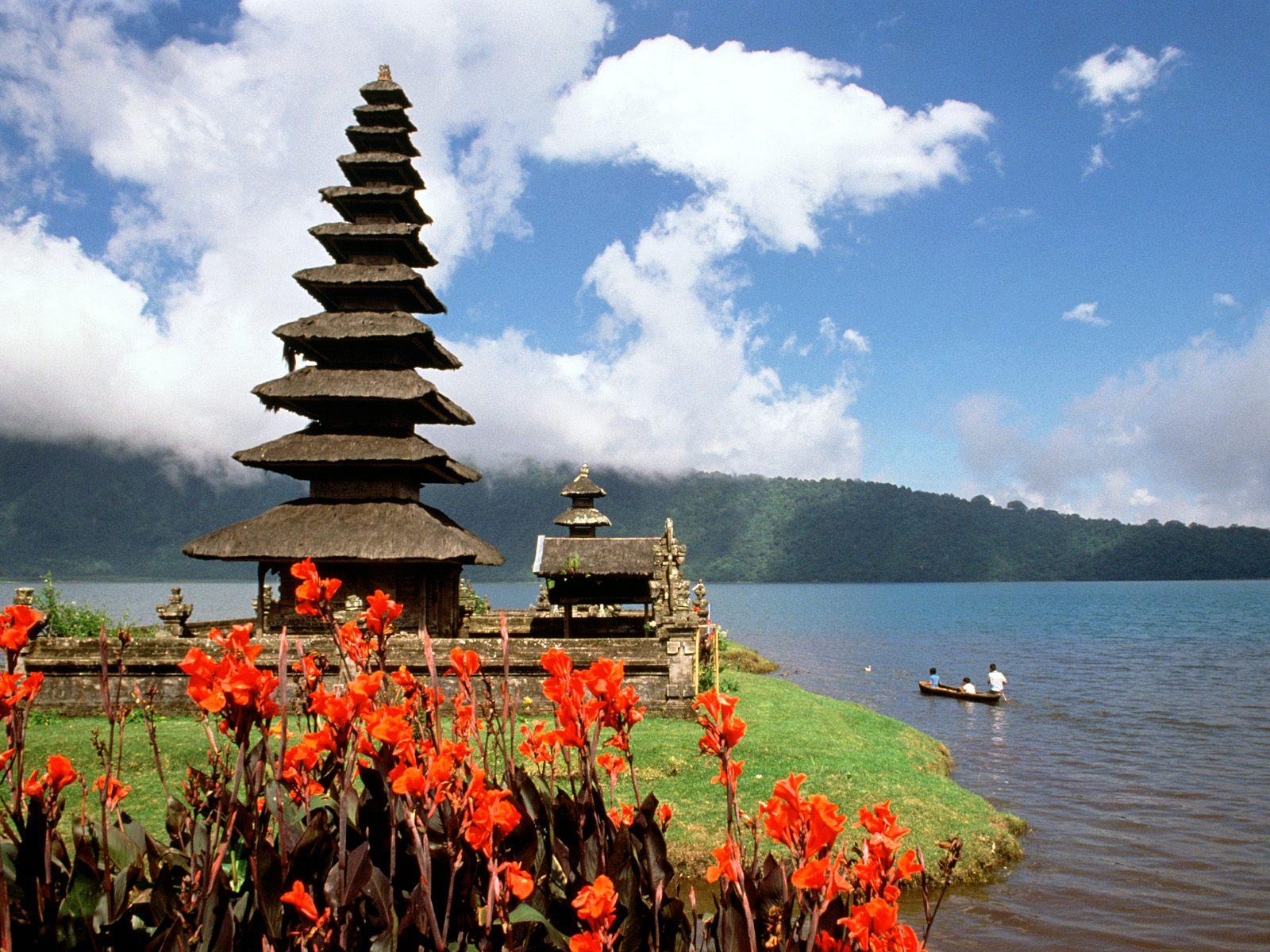 http://3.bp.blogspot.com/-cK7cB2E-V-c/T_77L_hgcQI/AAAAAAAAA5w/GBqCtH746MU/s1600/Bali%2B1.jpg