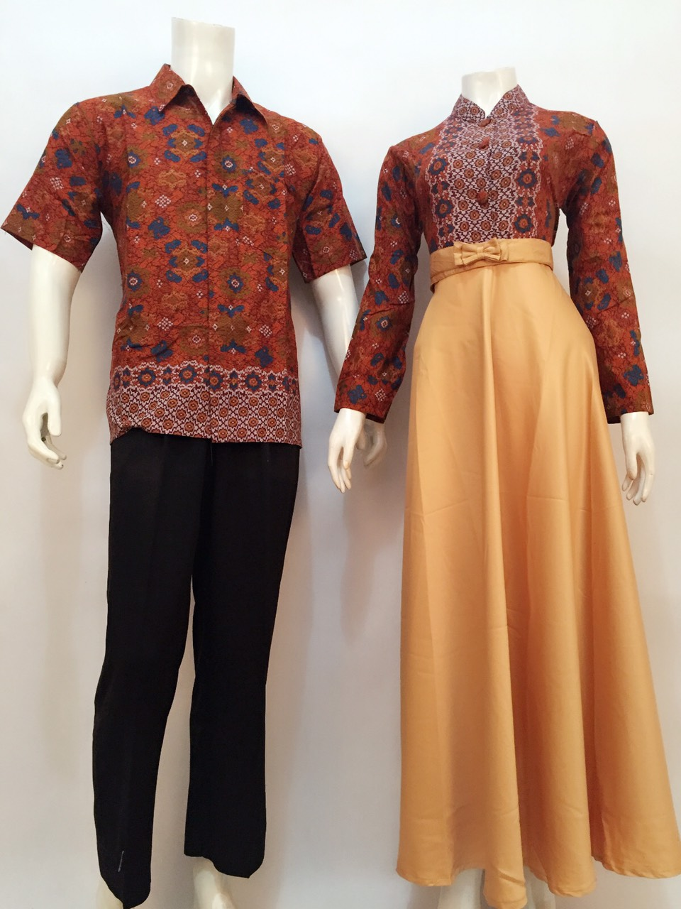 Model Gamis Batik Sarimbit Nataya Batik Bagoes Solo