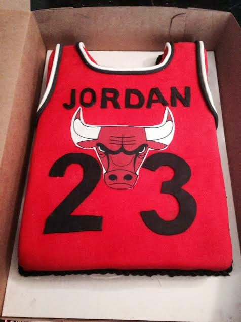 2 Girls 1 Cupcake Michael Jordan jersey cake