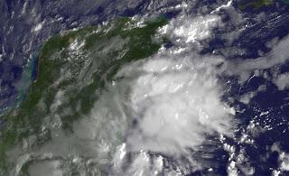 Satellitenbild und Live-Webcam Cancún: Auch die Riviera Maya erwacht mit unruhigem Wetter, Wettervorhersage Wetter, Cancún, Playa del Carmen, Cozumel, Riviera Maya, Mexiko, Yucatán, Satellitenbild Satellitenbilder, aktuell, November, Hurrikansaison 2011, 2011,