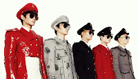 SHINee is back.