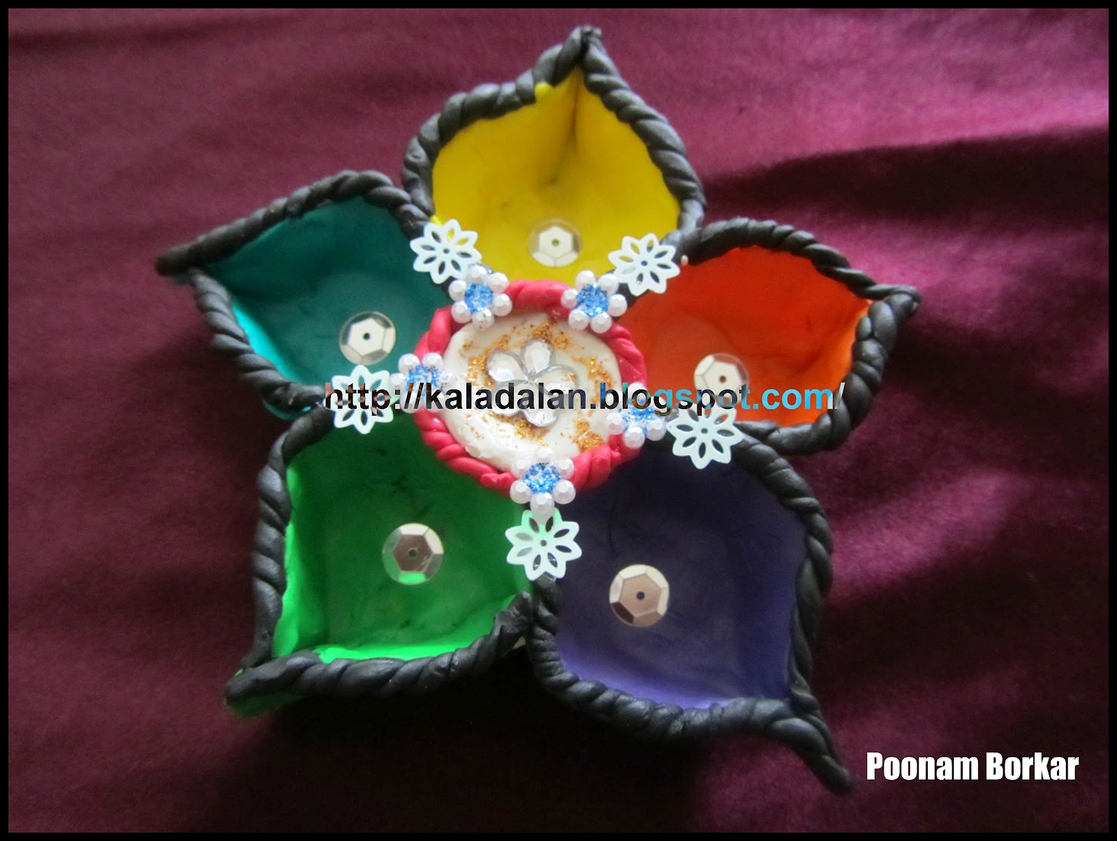Kala dalan diwali diya designs for Aarti thali decoration with grains