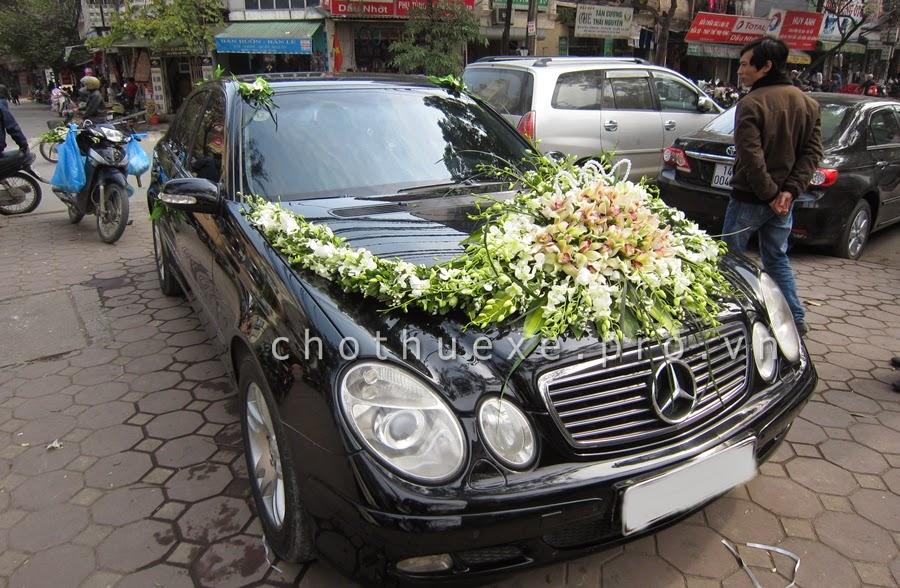 Cho thuê xe cưới Mercedes E200 đời mới - Xe cưới hạng sang