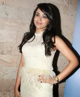 Andrea Jeremiah and Trisha Krishnan in Chirunavvula Chirujallu Movie Stills