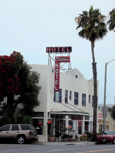 Since The Early 1950s Name Has Been Dolphin Hotel It In Continuous Operation And Is Presently A 25 Room Economy