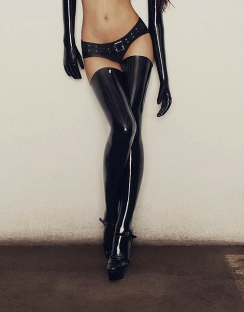 Fetish Inspirations : Latex Gloves And Stockings