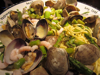 Asparagus, Clam &amp; Bay Shrimp Pasta Dairyfree Milkfree
