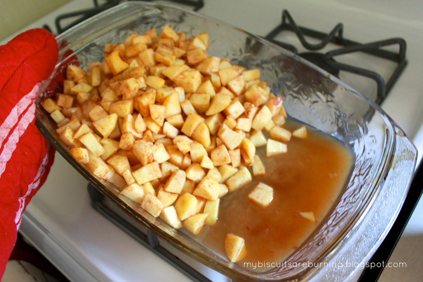 My Biscuits are Burning: Fresh Apple Dump Cake
