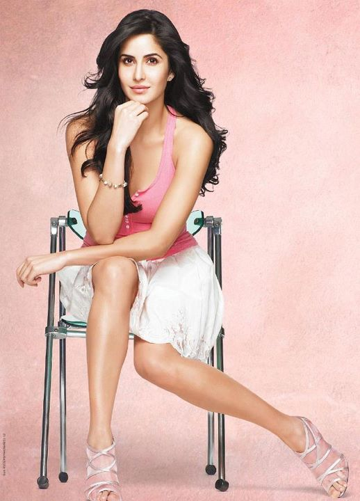 430352 314274248620939 199341420114223 832236 1870249200 n Bollywood Actresses Oops and Panty Upskirts