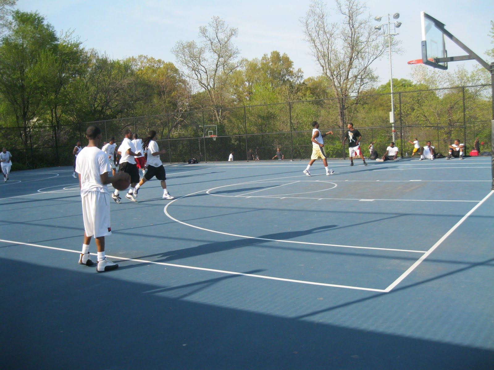 College basketball outdoor basketball court for Cheapest way to make a basketball court