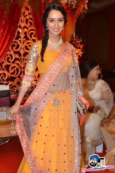 Bappa Lahiri Wife Lehnga at Wedding Reception - Bappa Lahiri Wedding Reception Photos