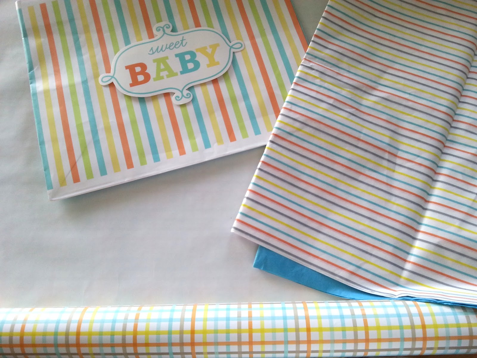 Giftwrap+supplies