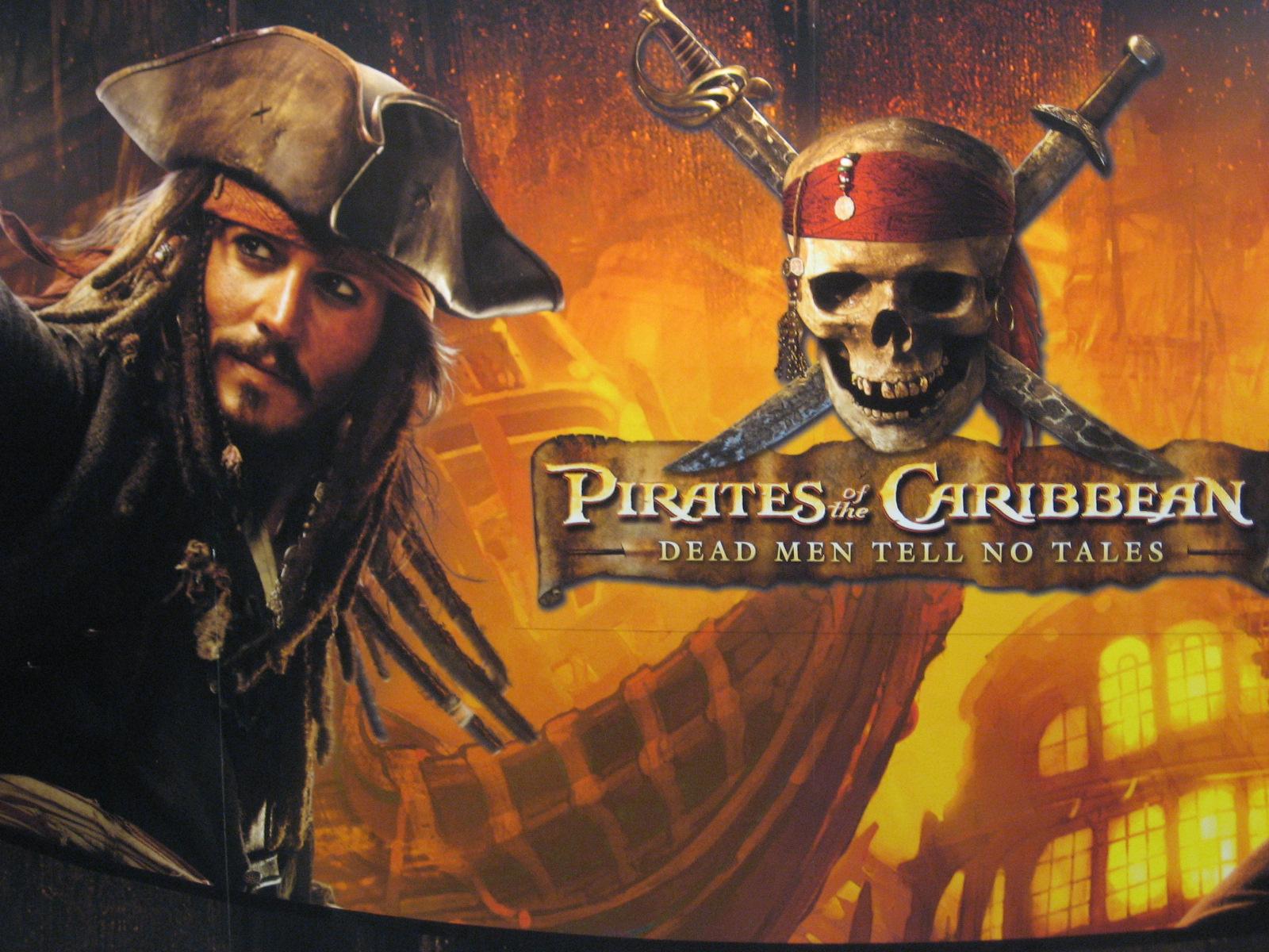 http://3.bp.blogspot.com/-cN6lcUfaq-I/Tdo_Mg-kjeI/AAAAAAAAACY/r5FB3E7IwGw/s1600/Pirates%2Bof%2Bthe%2BCaribbean%2B-%2BOn%2BStranger%2BTides%2B2011.jpg