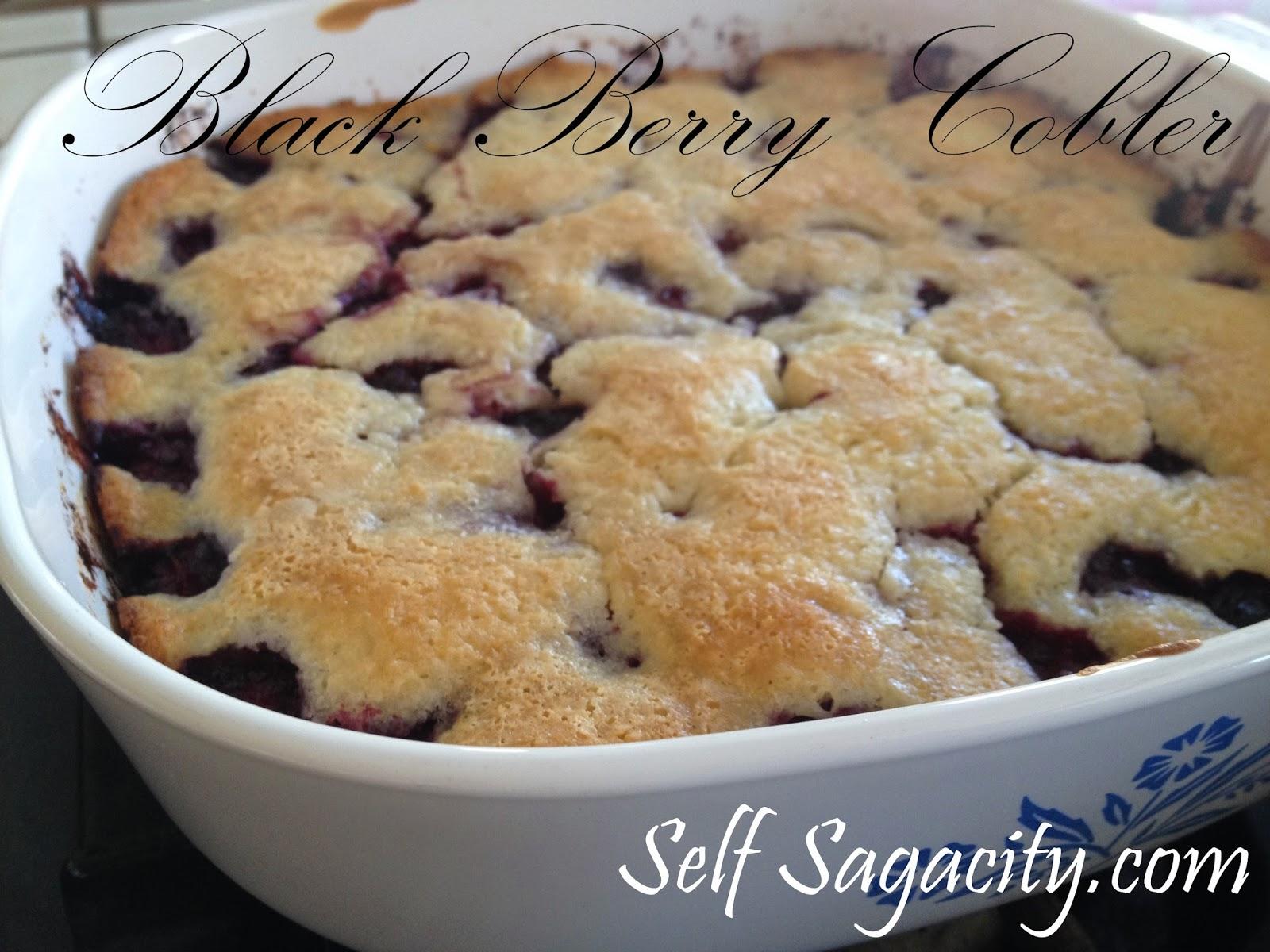 blackberry cobbler up close