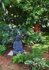 Ruhezone im Schattengarten
