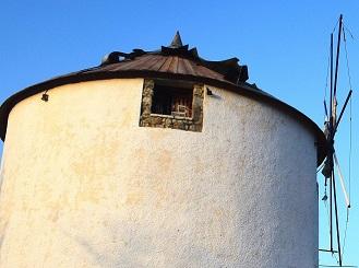 Ο μύλος στο Κρόθι – «μνημείο -κόσμημα» κατά τον τέως Ερμιόνης και τον υποψήφιο δήμαρχο Τ. Λάμπρου..