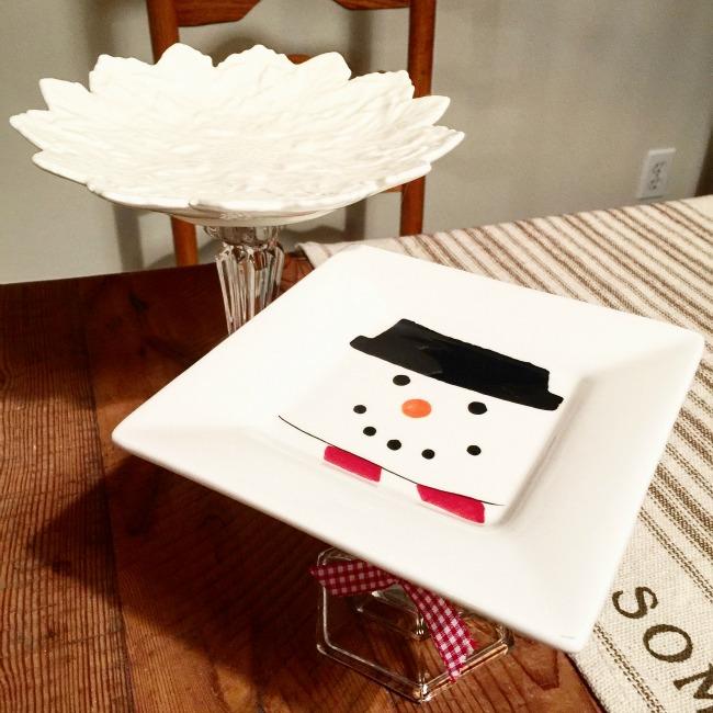 Pedestal Cookie Dishes www.homeroad.net