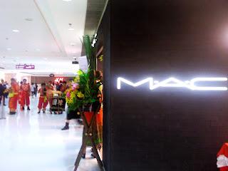 1st Blogger Event - M.A.C.將軍澳新都城開幕活動 & 眼妝教學 ﹠送禮