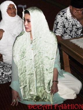 Bella Saphira Muallaf Hijab Hijau