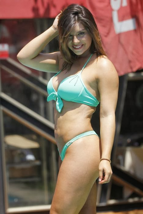 Kathy Contreras bikini