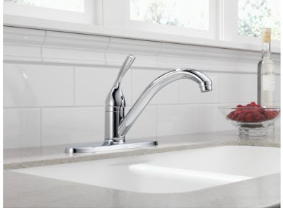 Delta 100-DST Classic Single Handle Kitchen Faucet