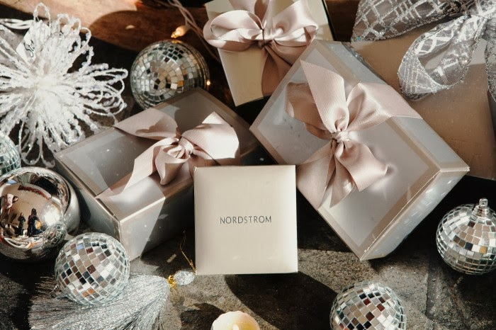 A Serene Life for Me: Wrapping and Gift Ideas
