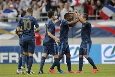 فرنسا تحقق انتصارها الودي الثاني ظ…ظ†طھ%D