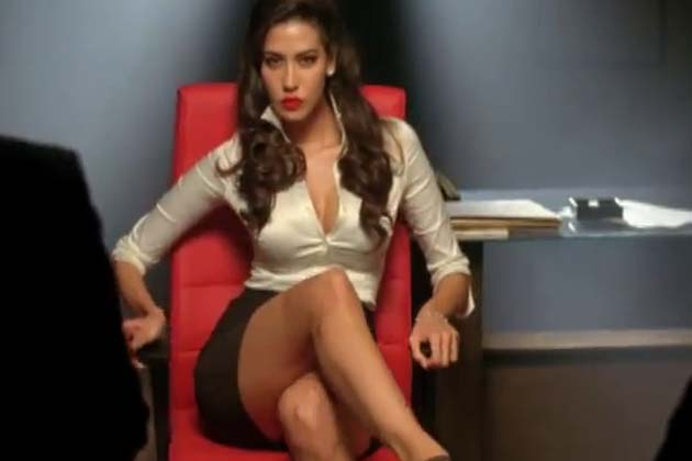 Lisa Haydon   s sister Mallika Haydon agent vinod s sexy item girl is    Mallika Haydon Agent Vinod