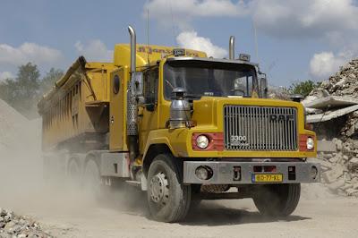 fotos+de+camiones+daf+ntt+3300+cabina+de+morro+torpedo+antiguo