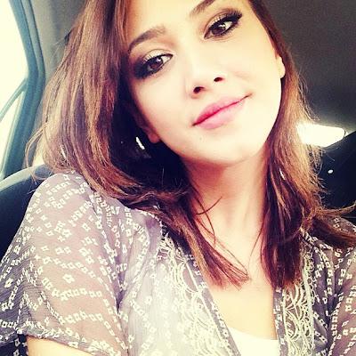 Fathia Latiff Seksi Hot Jual Jam