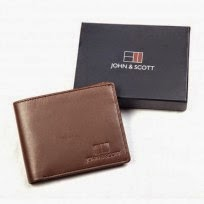 http://www.johnandscott.net/index.php/sheep-nappa-leather-wallet.html