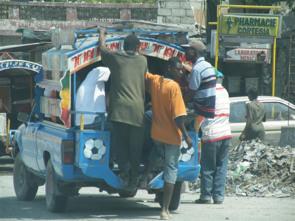 Haiti february 2011 - Www radio lumiere port au prince haiti ...