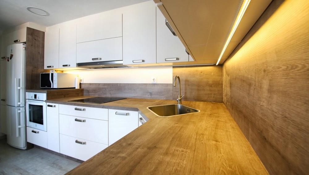 cuando se realiza el diseo de una cocina uno de los aspectos importantes suele ser la eleccin y la instalacin de la encimera como complemento de su nueva - Encimeras De Cocina Aglomerado