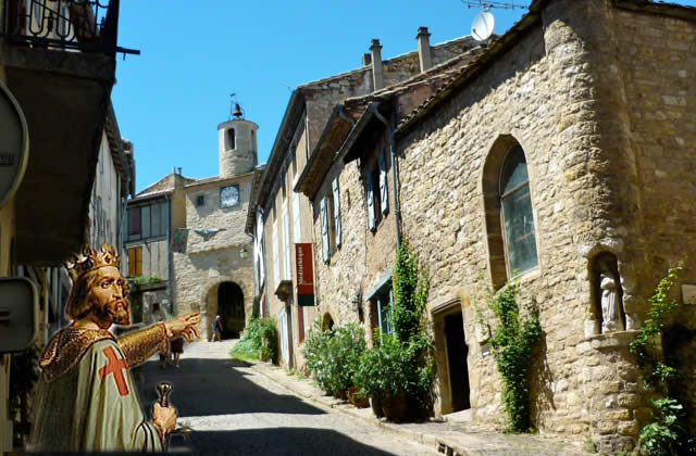 Cordes-sur-Ciel - Midi-Pyrénées, Tarn, France, França