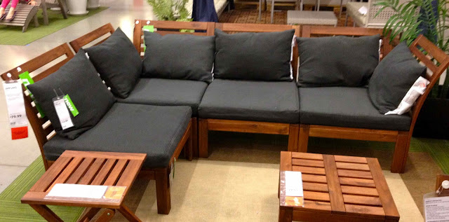 shopping for an outdoor sectional driven by decor. Black Bedroom Furniture Sets. Home Design Ideas