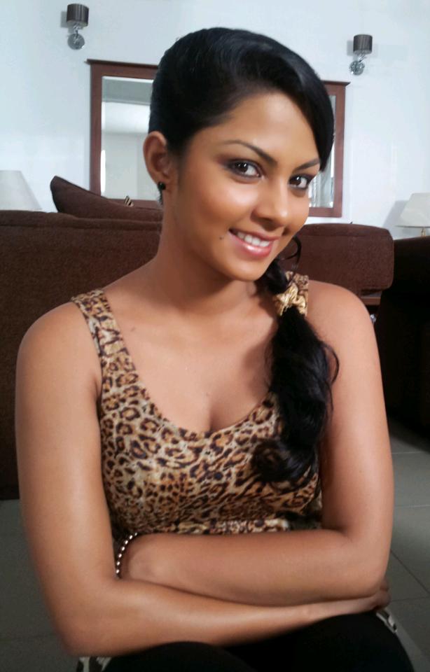 SL Hot Actress Pics: Shalani Tharaka