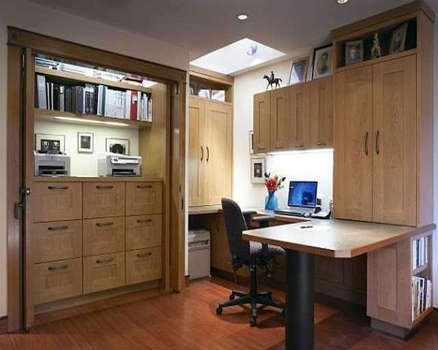 Home Office Neat Small Design