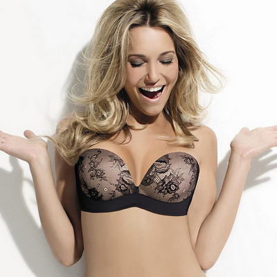 Wonderbra Ultimate Strapless Bra in Black Lace