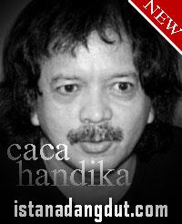 mandi kembang, caca handika, foto caca handika, artis dangdut cowok senior