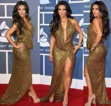Kim Kardashian wears sexy high heels!