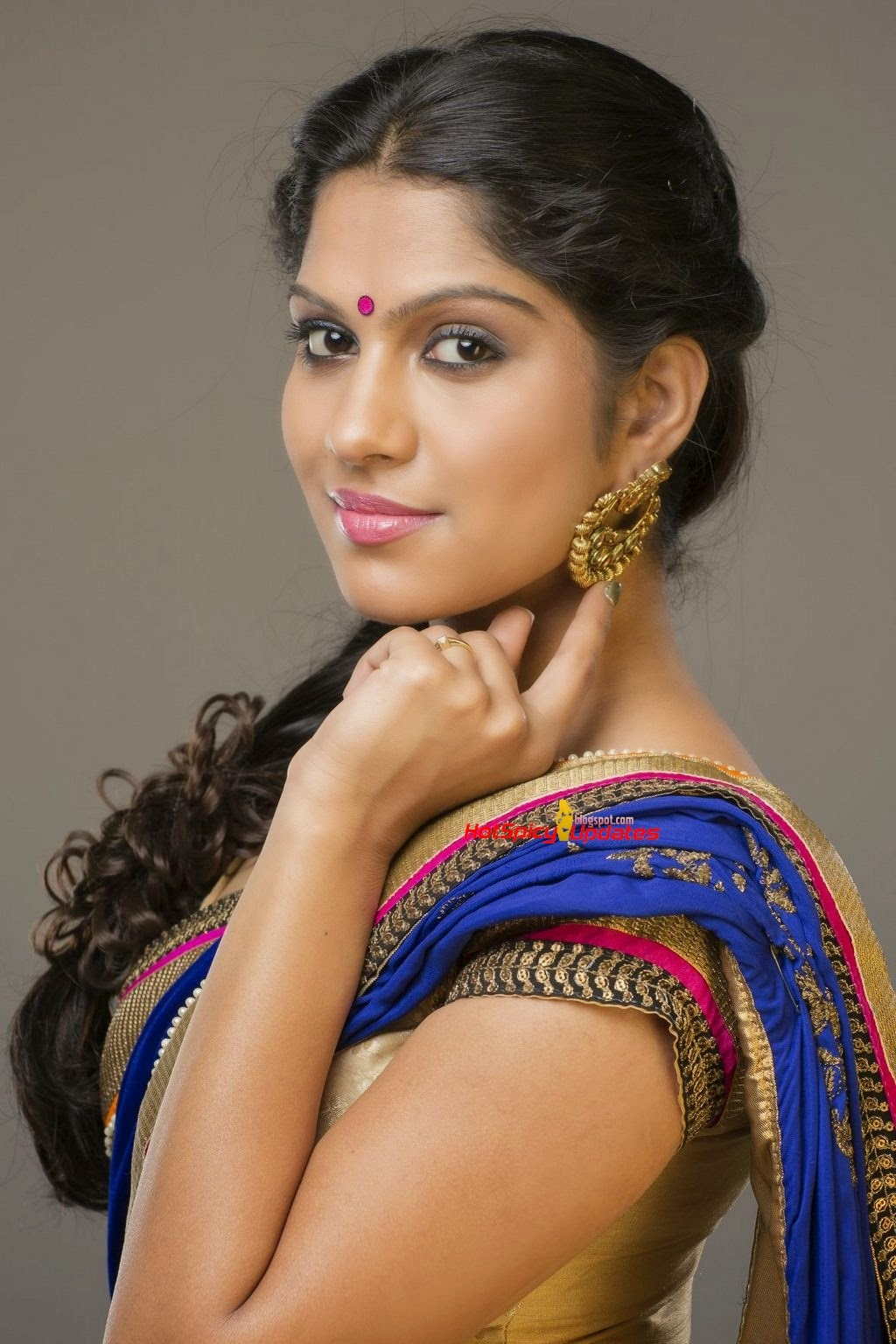 Swasika latest cute photo shoot stills latest high quality images of actresses and magazine - Vijay high quality images download ...